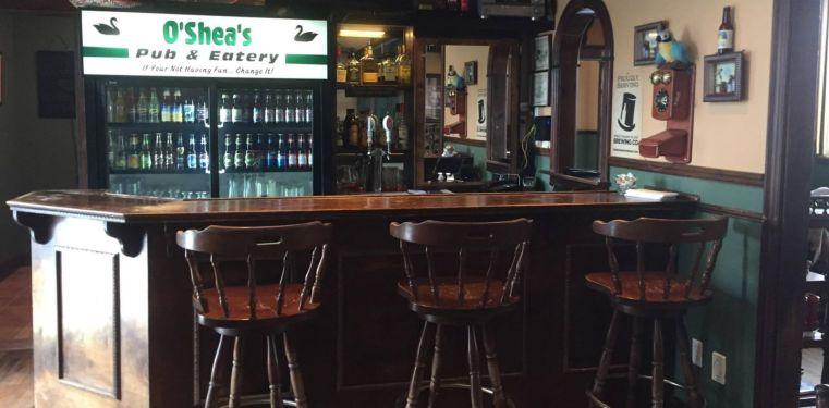 Bar at O'Sheas Pub and Eatery